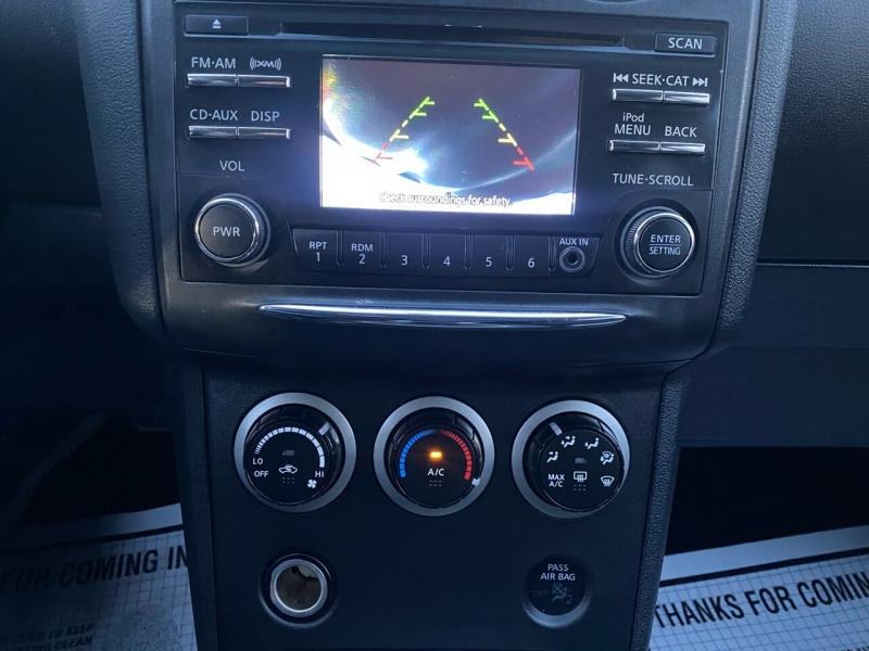 Nissan Rogue Select 2015 price $6,997