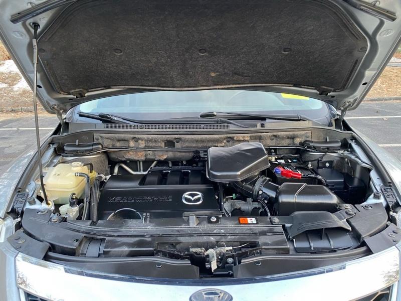 Mazda CX-9 2012 price $9,697