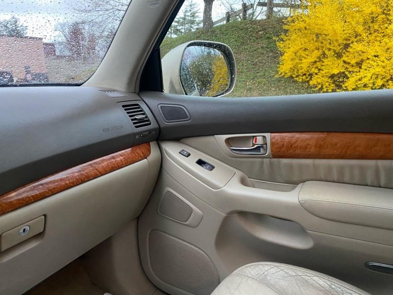 Lexus GX 470 2006 price $12,997