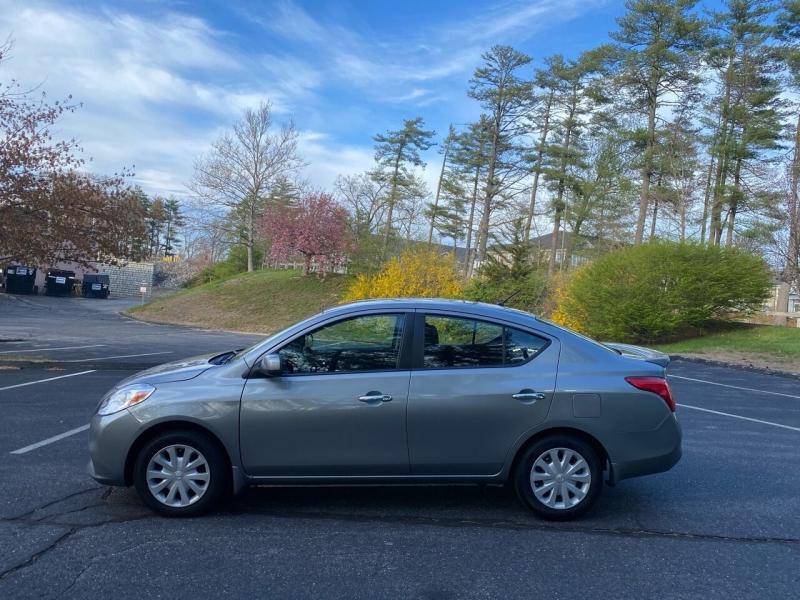 Nissan Versa 2013 price $5,497