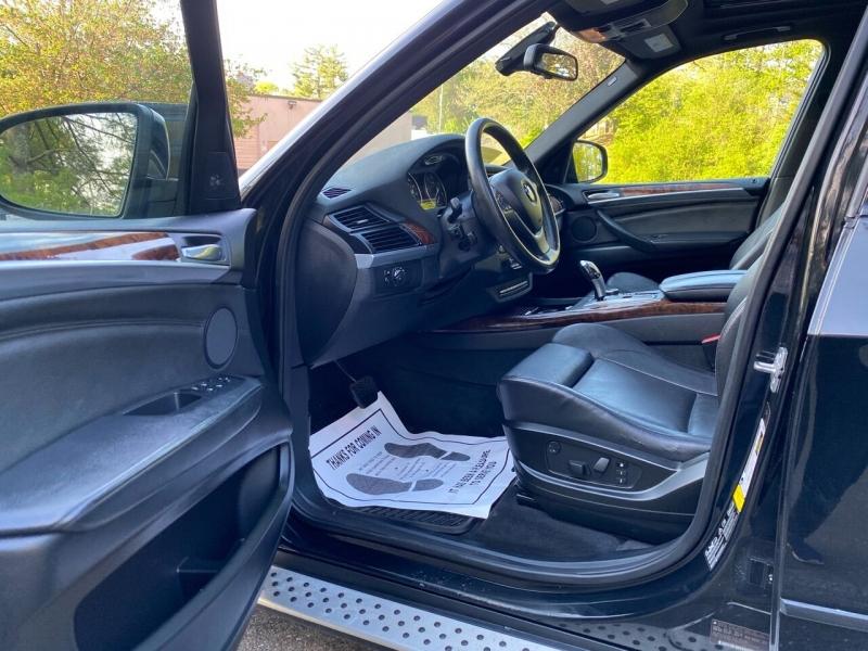 BMW X5 2011 price $12,497