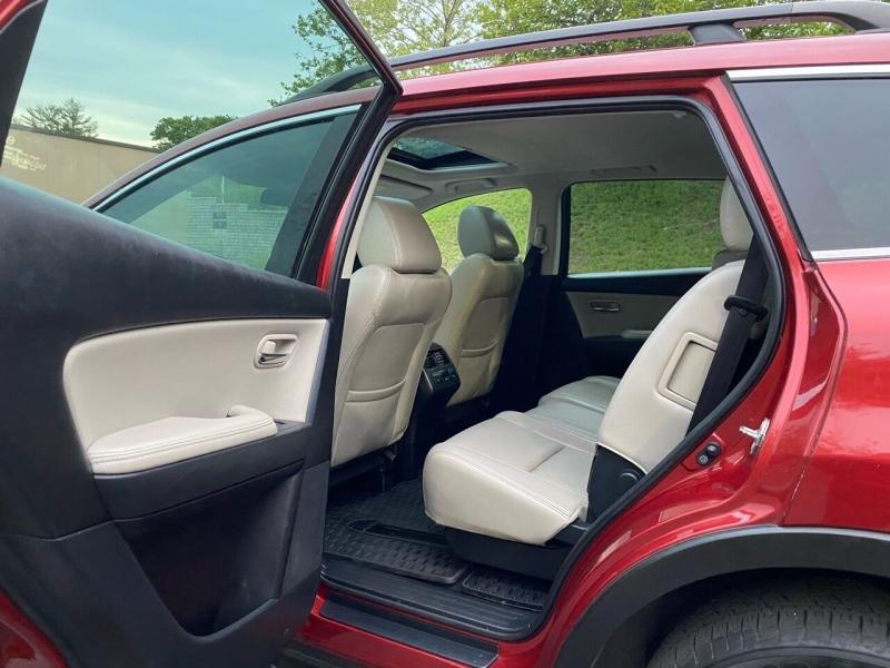 Mazda CX-9 2013 price $10,997