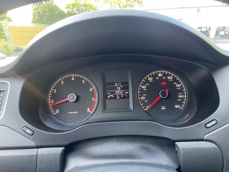 Volkswagen Jetta 2011 price $9,997