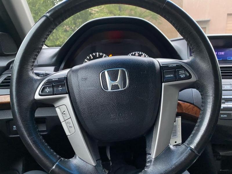 Honda Accord 2011 price $9,497