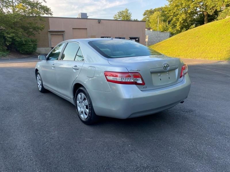 Toyota Camry 2011 price $7,997