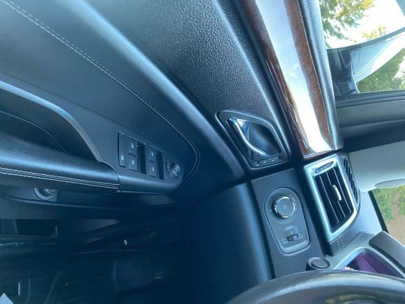 Cadillac SRX 2012 price $12,997