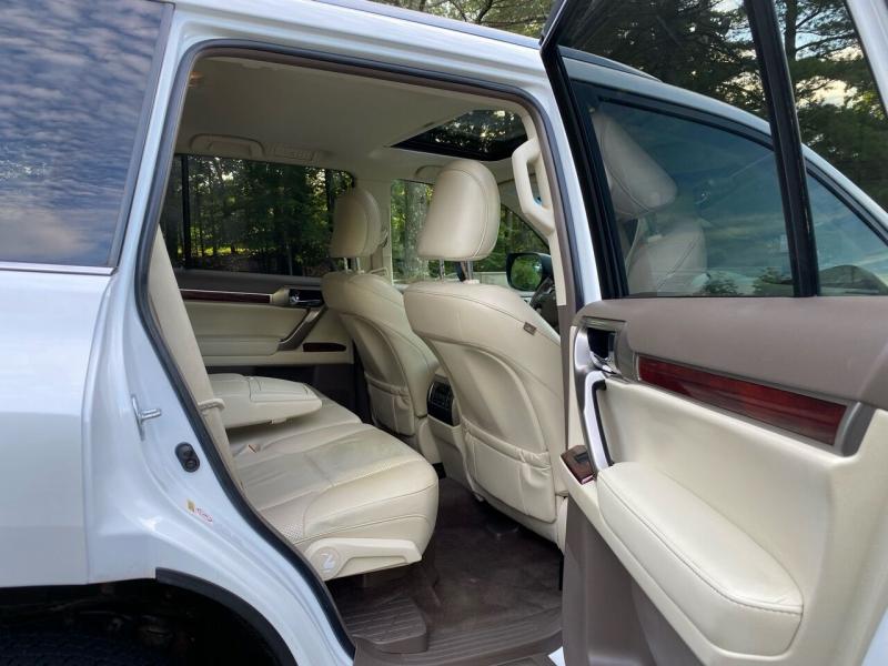 Lexus GX 460 2012 price $21,997