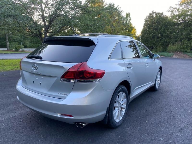 Toyota Venza 2013 price $13,997