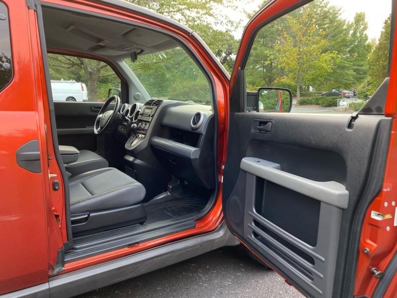 Honda Element 2004 price $7,497