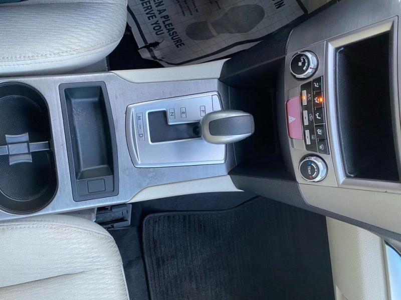Subaru Legacy 2010 price $7,997