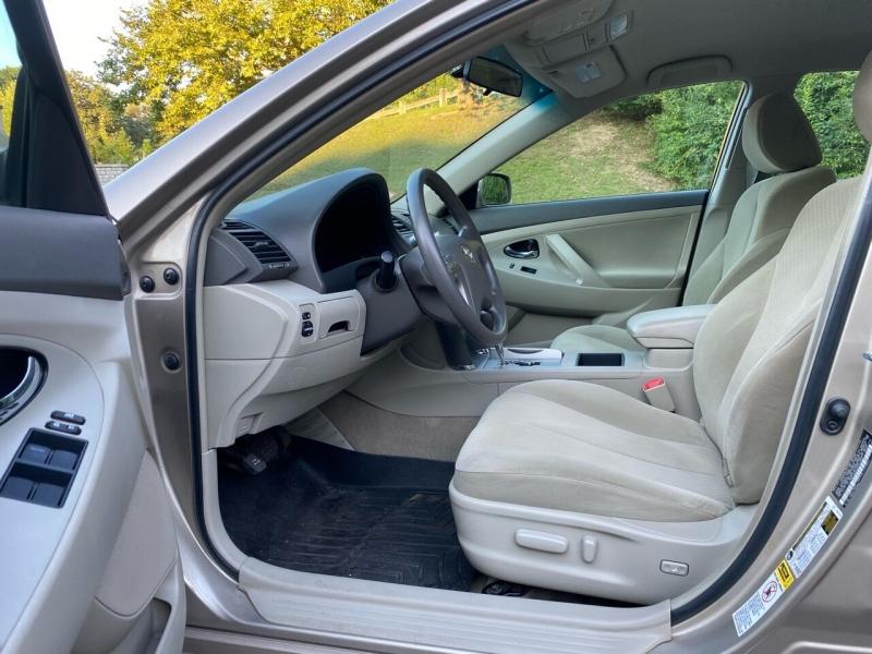 Toyota Camry 2009 price $10,497
