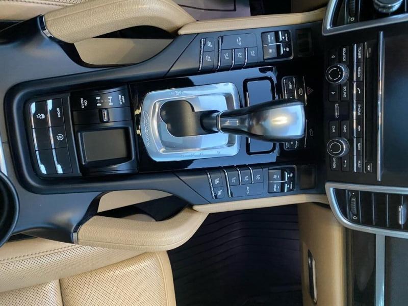 Porsche Cayenne 2016 price $29,997