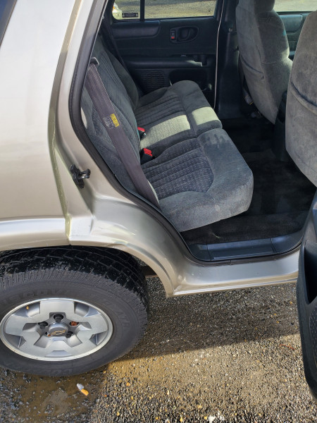 Chevrolet Blazer 2002 price $2,995