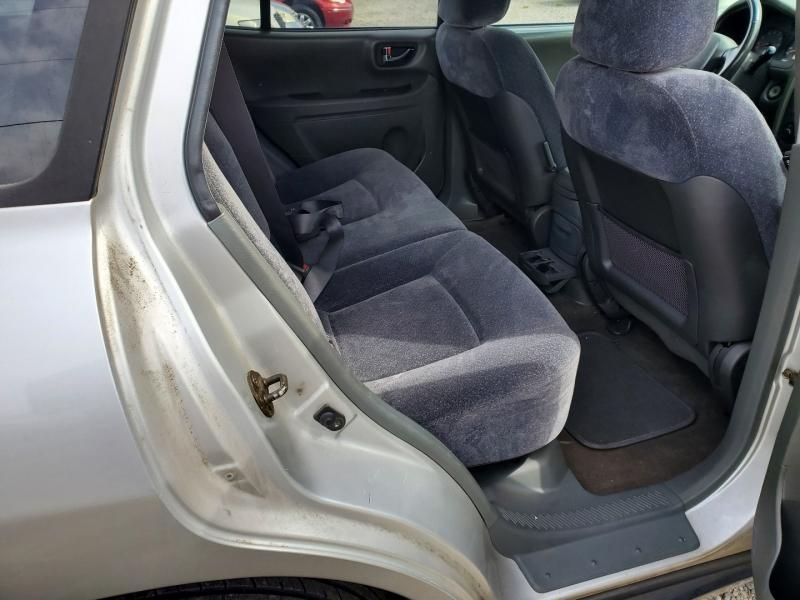 Hyundai Santa Fe 2003 price $3,995