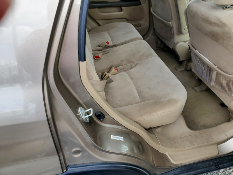 Honda CR-V 2005 price $5,995