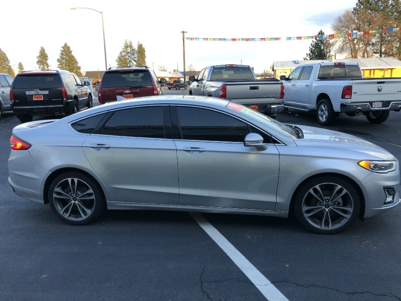 Ford Fusion 2019 price $21,995