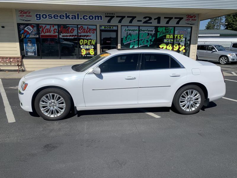 Chrysler 300-Series 2013 price $14,995