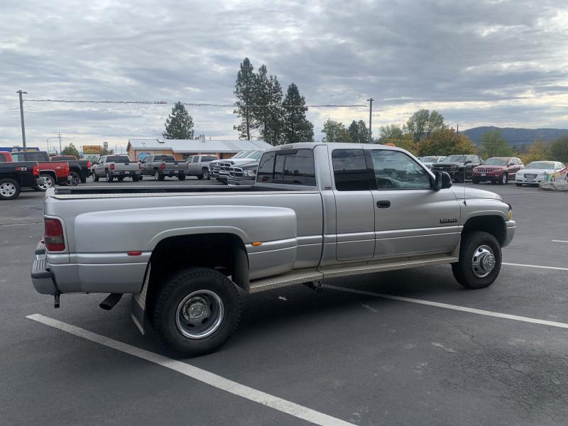 Dodge Ram 3500 2001 price $24,250