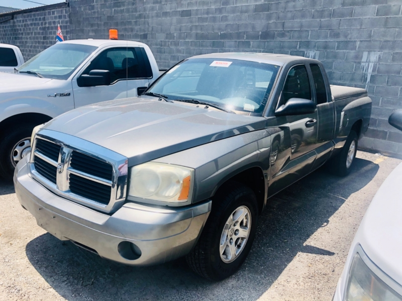 Dodge Dakota 2006 price $5,850