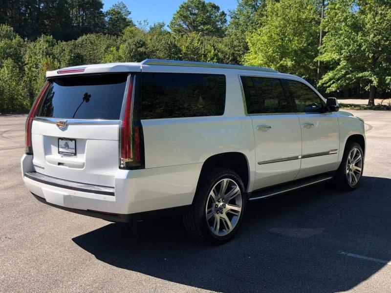 Cadillac Escalade ESV 2016 price $32,980