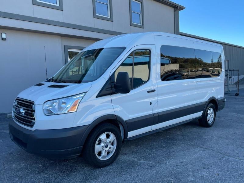 Ford Transit Passenger 2018 price $26,980