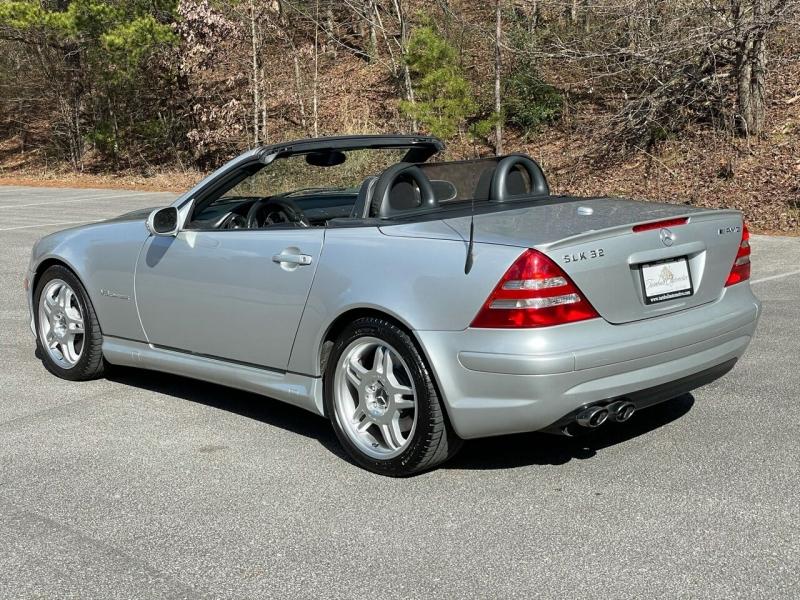Mercedes-Benz SLK 2004 price $11,980