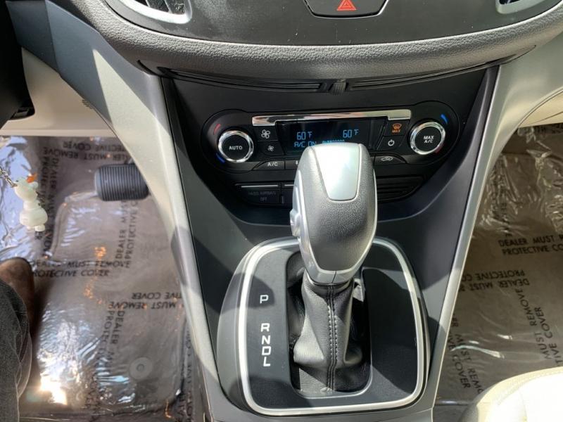 FORD C-MAX 2013 price $7,995
