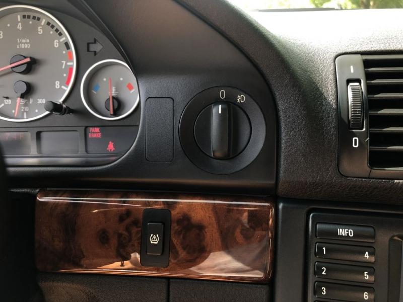 BMW M5 2000 price $37,995