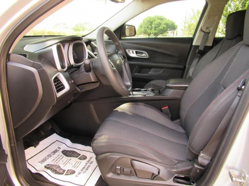 Chevrolet Equinox 2017 price $10,999