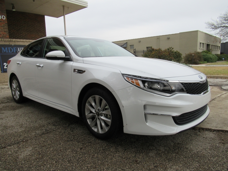 Kia Optima 2018 price $11,999