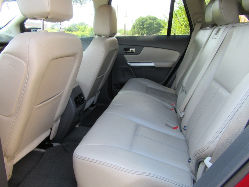Ford Edge 2013 price $11,499