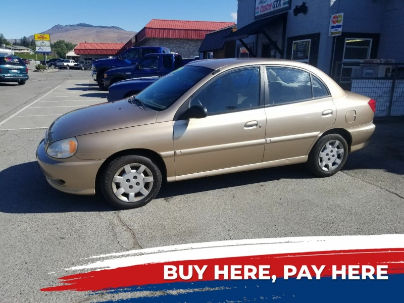 Kia Rio 2002 price $2,495
