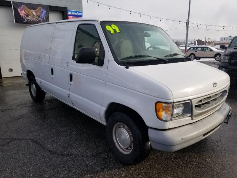 Ford E-150 1999 price $5,495