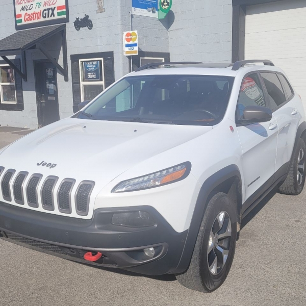 Jeep Cherokee 2014 price $16,775