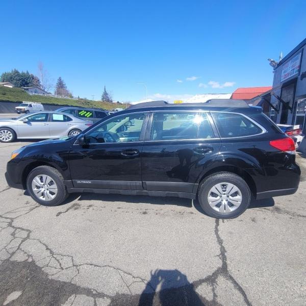 Subaru Outback 2013 price $9,999