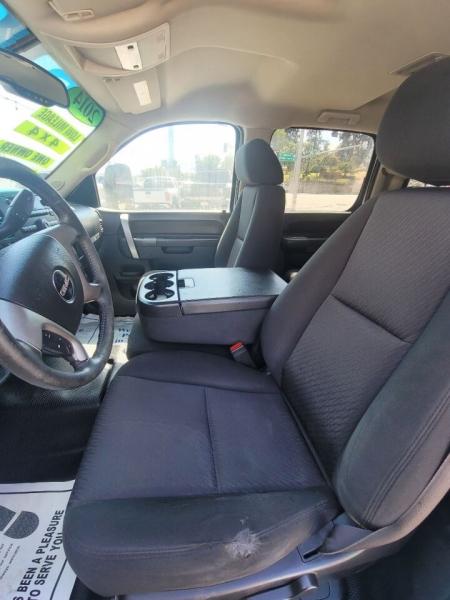 GMC Sierra 3500HD 2014 price $31,999
