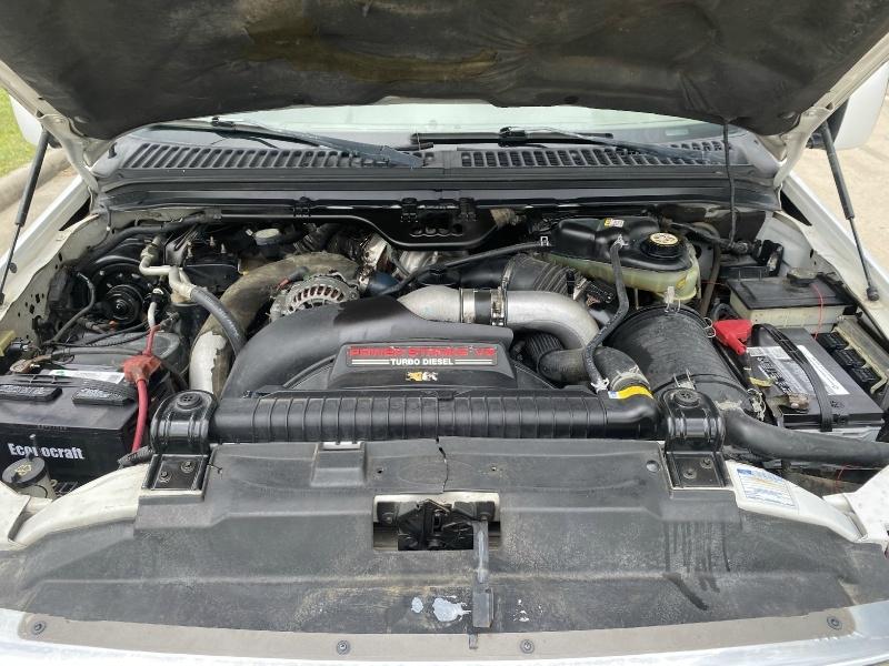 Ford Super Duty F-350 DRW 2003 price $15,990
