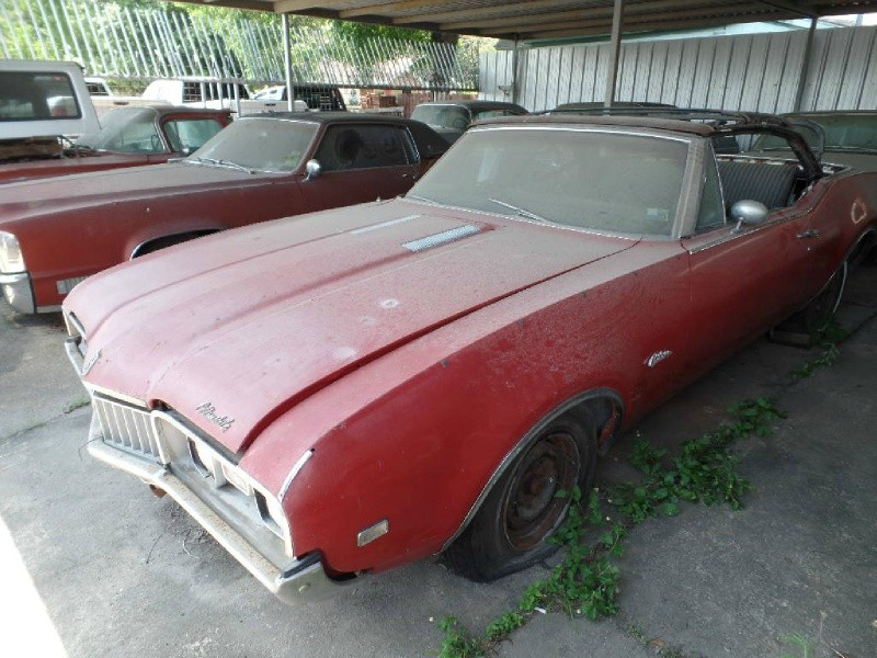 Oldsmobile Cutlass S 1968 price $8,990