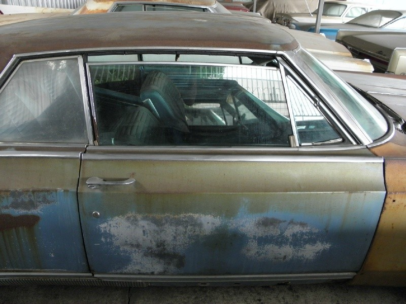 Oldsmobile Starfire 1964 price $3,990