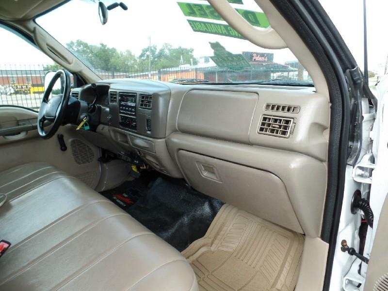 Ford Super Duty F-550 DRW 2003 price $10,990