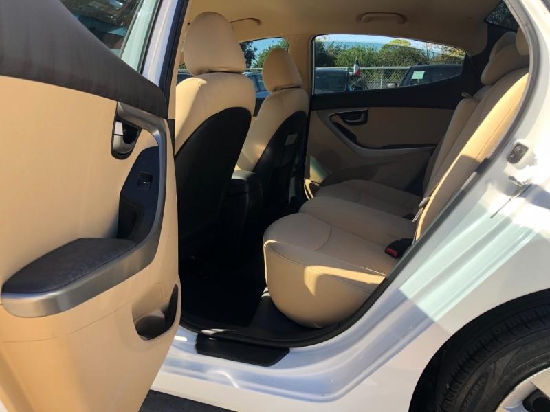 Hyundai Elantra 2013 price $7,590