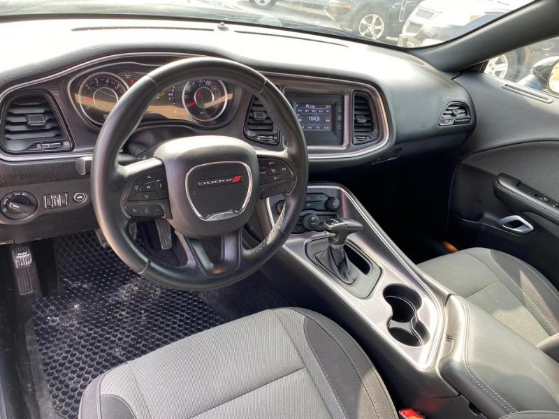 Dodge Challenger 2015 price $14,390