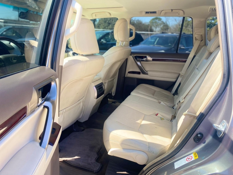 Lexus GX 460 2011 price $20,990