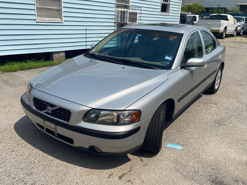 Volvo S60 2004 price $3,490