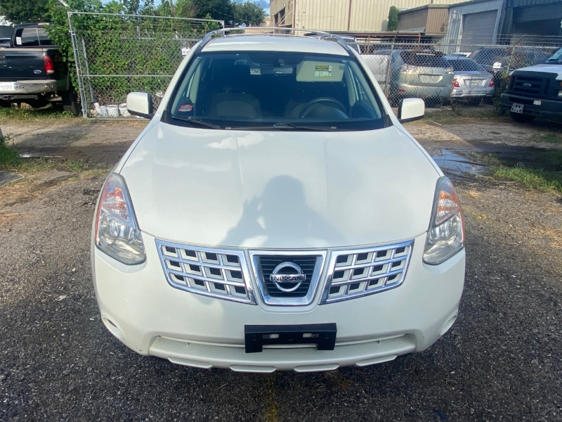 Nissan Rogue 2009 price $4,990