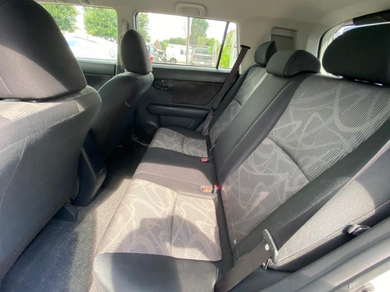 Scion xB 2015 price $7,890