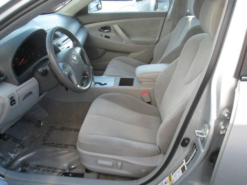 Toyota Camry 2009 price $8,980