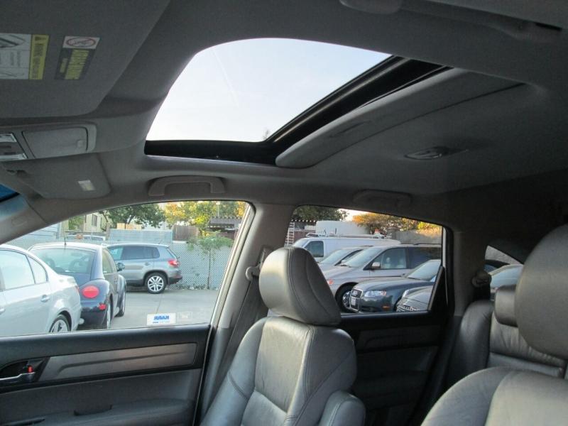 Honda CR-V 2008 price $9,380