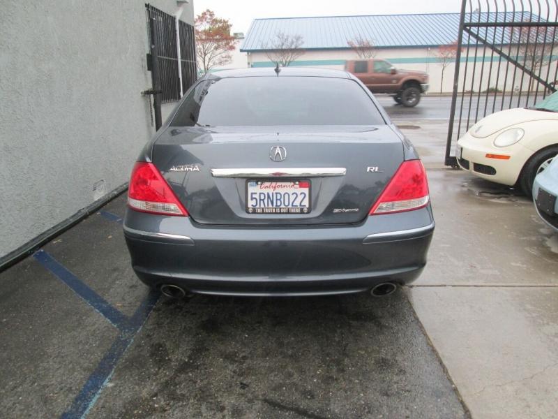 Acura RL 2005 price $8,980