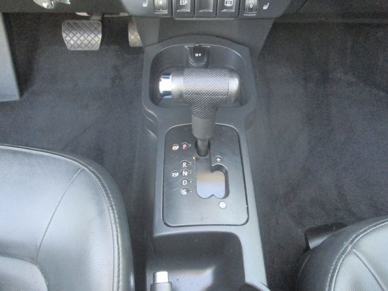 Volkswagen New Beetle Convertible 2007 price $7,980